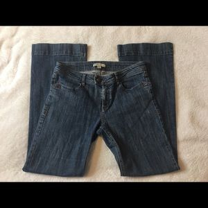 CAbi 178R Medium Wash Flare Leg Jeans Size 6